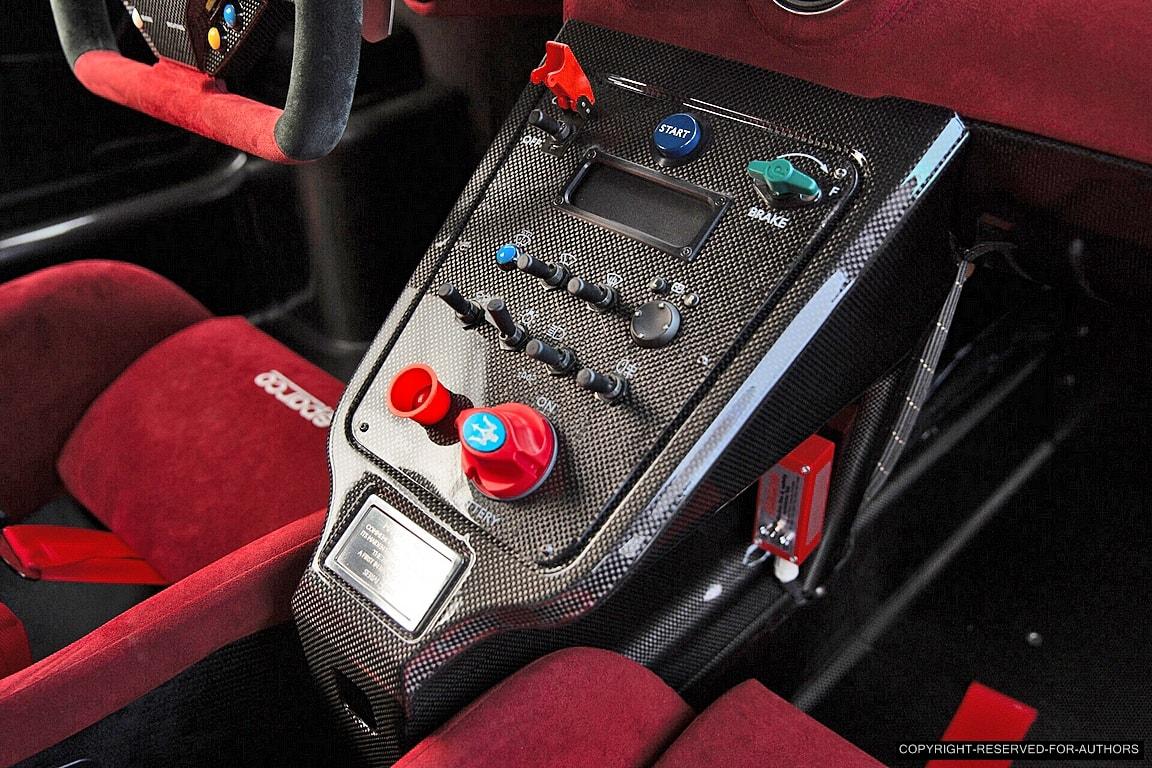 Maserati MC12 - Page 2 MC12-Corsa-09