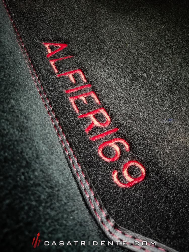 [ALFIERI69] - Quattroporte Sport GTS Nero - Page 3 Tapis-ALFIERI69